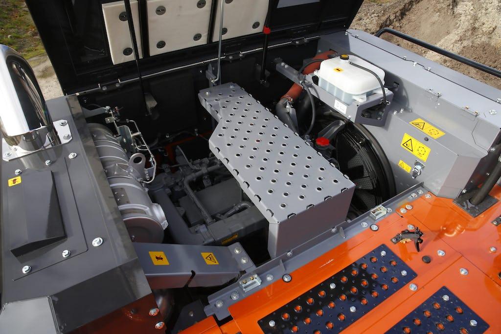 Hitachi ZX300LC-7